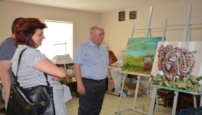 Başkan Eşkinat 3. Plastik Sanatlar Çalıştayı atölyelerini ziyaret etti