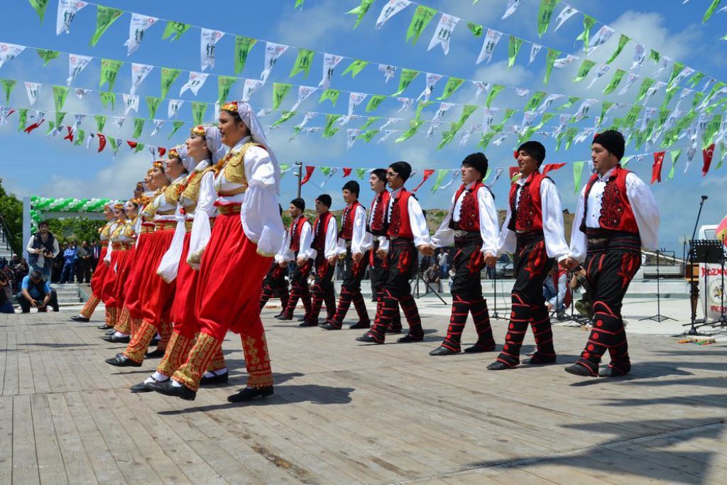 Süleymanpaşa Belediyesi 39. Uluslararası Giresun Aksu Festivali'ne konuk oldu