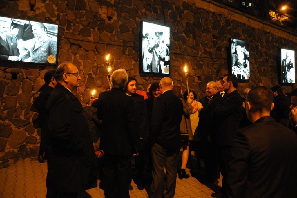 Atatürk Portreleri Projesi