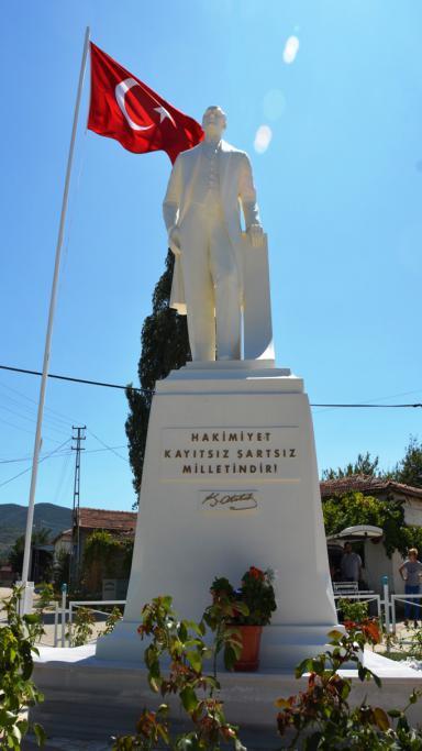 Naip Mahallesi Atatürk Meydanı'na kavuşuyor