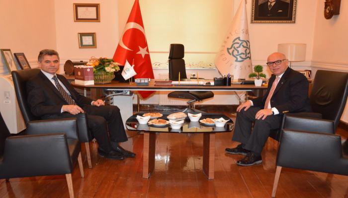 Süleymanpaşa Kaymakamı Arslan Yurt'tan Belediye Başkanı Ekrem Eşkinat'a iade-i ziyaret
