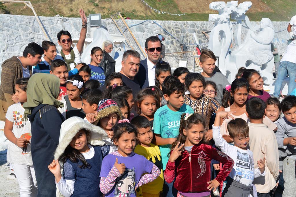 Aydoğdu SEM öğrencileri Taş Heykel Sempozyumunu ziyaret etti