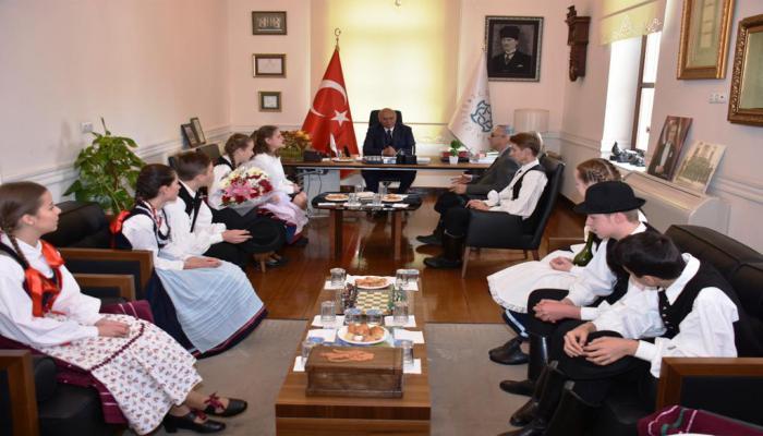 Kardeş şehir Kecskemet'in çocukları Süleymanpaşa'da