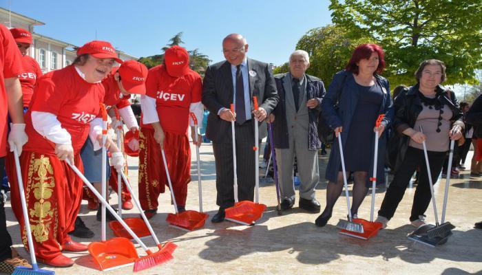 Süleymanpaşa Belediyesi ve ZİÇEV işbirliği ile otizm farkındalığı etkinliği düzenlendi