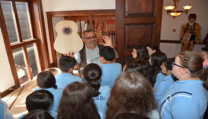 Özel Meriç Ortaokulu Süleymanpaşa Belediyesi Müzik Teknolojileri Müzesi'ni gezdi