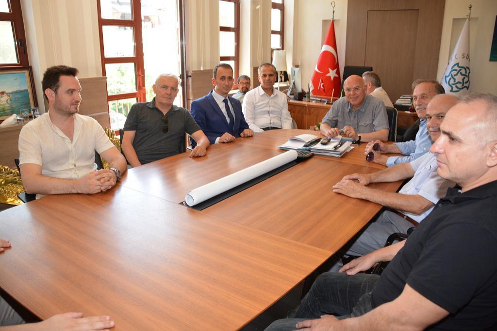 Tekirdağspor'un yeni yönetiminden Başkan Eşkinat'a ziyaret