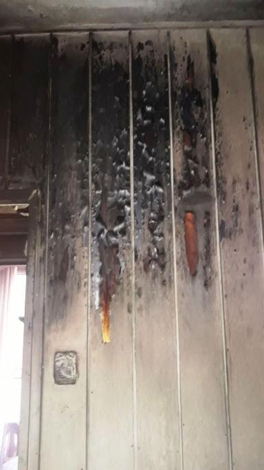 """Evi yanan aileye Süleymanpaşa Belediyesi'nden """"Dost Eli"""""""