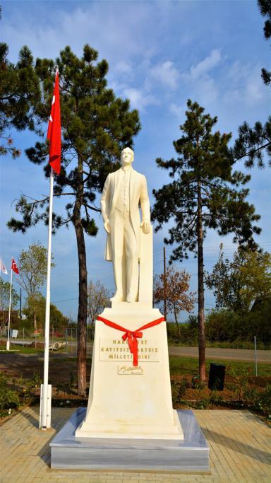 Süleymanpaşa Belediyesi Karacamuratlıların Ata özlemini dindirdi