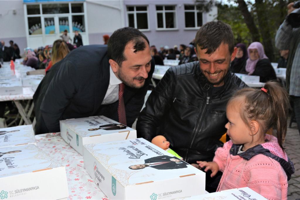 Başkan Yüksel Ferhadanlı halkıyla Gönül Sofrasında buluştu