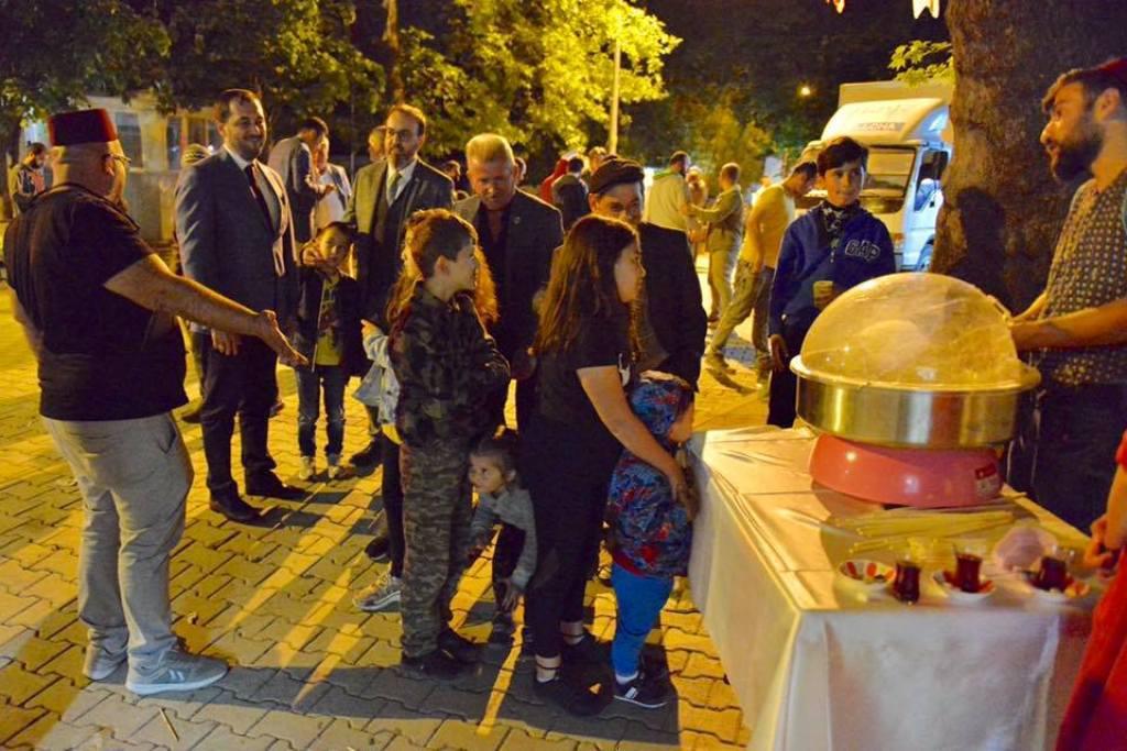 Naip Mahallesinde oruçlar Gönül Sofrası'nda açıldı