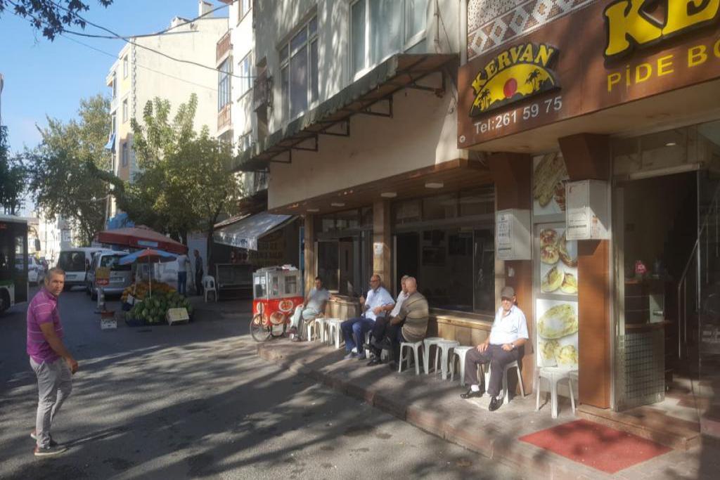 Süleymanpaşa Belediye Zabıta'sından kaldırım işgallerine idari yaptırım