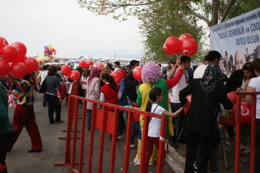 Süleymanpaşa Belediyesi çocukların yüzünü güldürdü