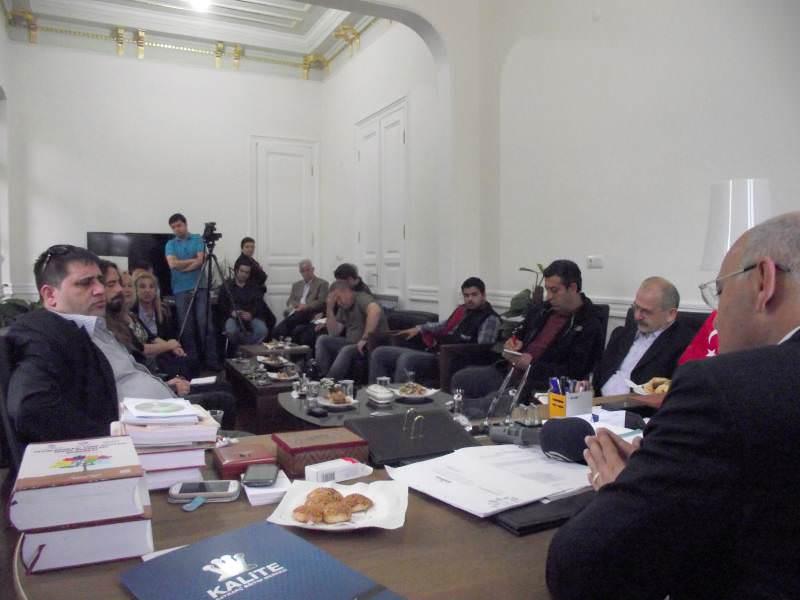 Başkan Eşkinat basın mensupları ile Kiraz Festivali'ni konuştu