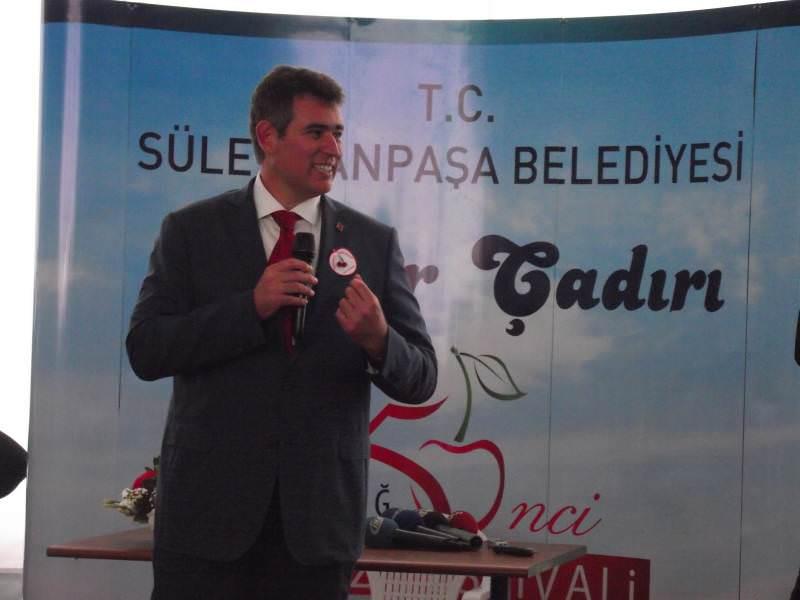 Kiraz Festivali'nde Metin Feyzioğlu rüzgarı esti