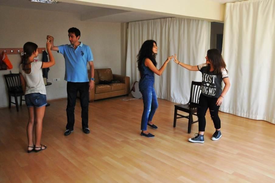 Süleymanpaşa Belediye Konservatuarı öğrencileri tiyatro gösterisi ile sahne alacak