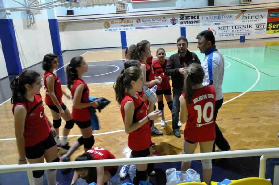 Süleymanpaşa Belediyespor Kulübü Voleybol branşı kurs başvuruları başladı