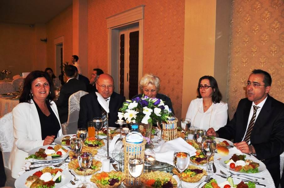 Başkan Vekili Güral Yenigün Ailesinin Düğününe Katıldı