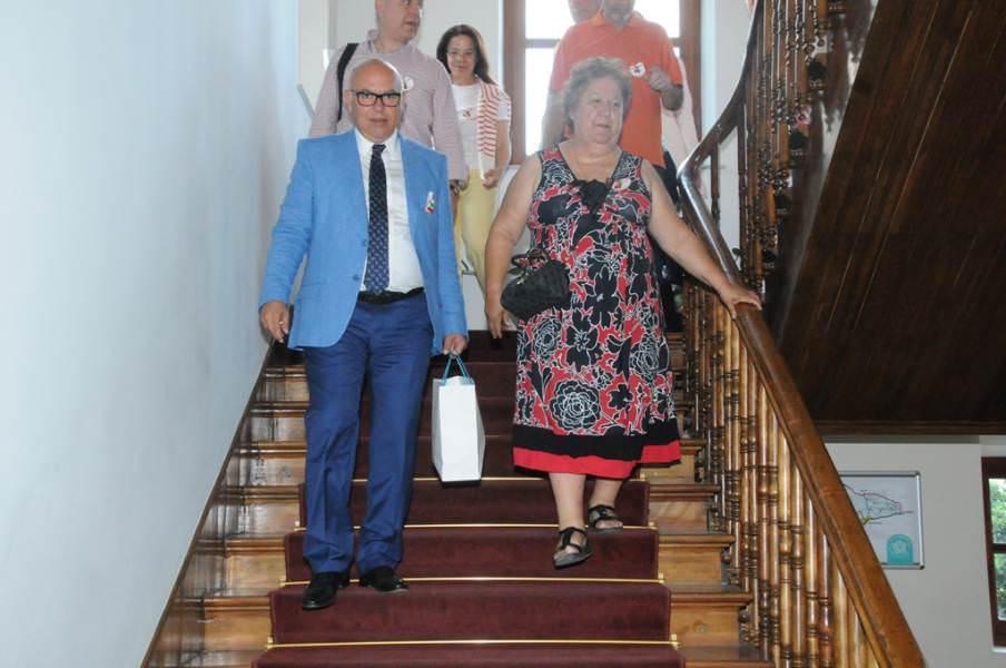 Kavala Belediye Başkanı Dimitra Tsanaka Başkan Eşkinat'ı ziyaret etti
