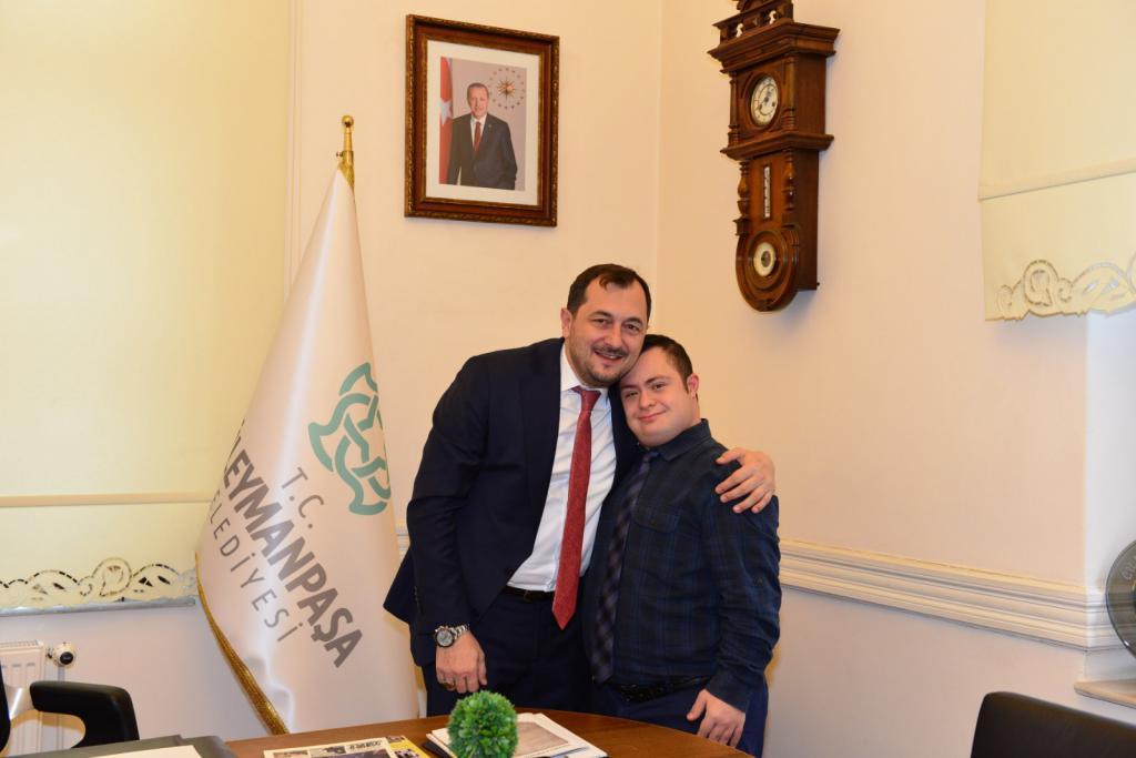 Başkan Yüksel'den muhteşem hamle! Down Sendromlu ve Otizmli gençler Süleymanpaşa Belediyesi'nde sosyalleşecek