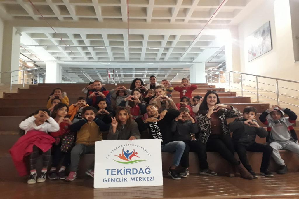 Aydoğdu SEM çocukları Namık Kemal Üniversitesi'ni ziyaret etti