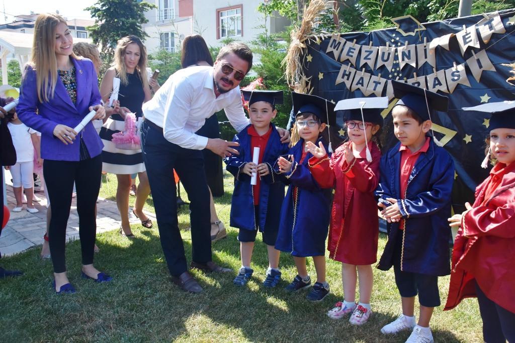 Çocuk Akademisi ilk mezunlarını verdi