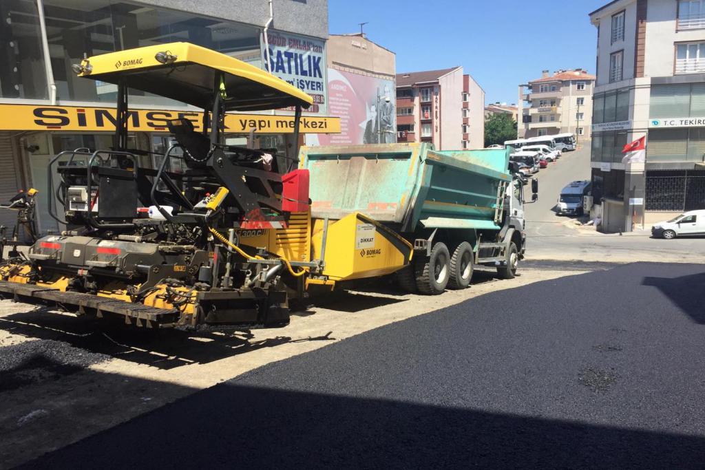 Sokağa çıkma kısıtlamasında iki kritik nokta asfaltlanarak trafiğe açıldı