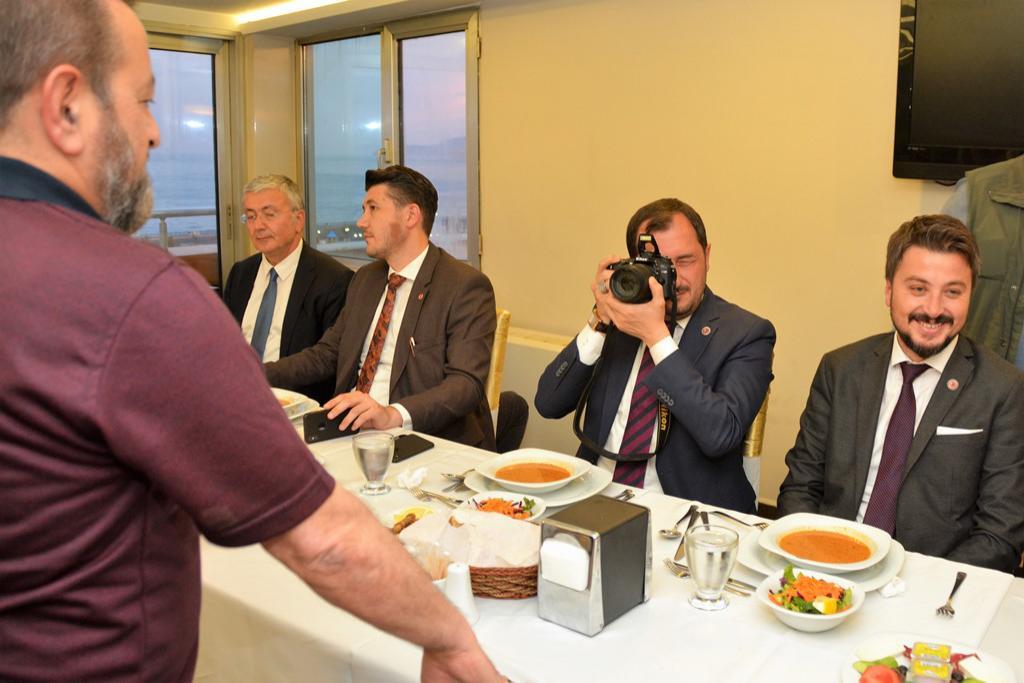 Başkan Yüksel basın mensupları ile iftarda buluştu