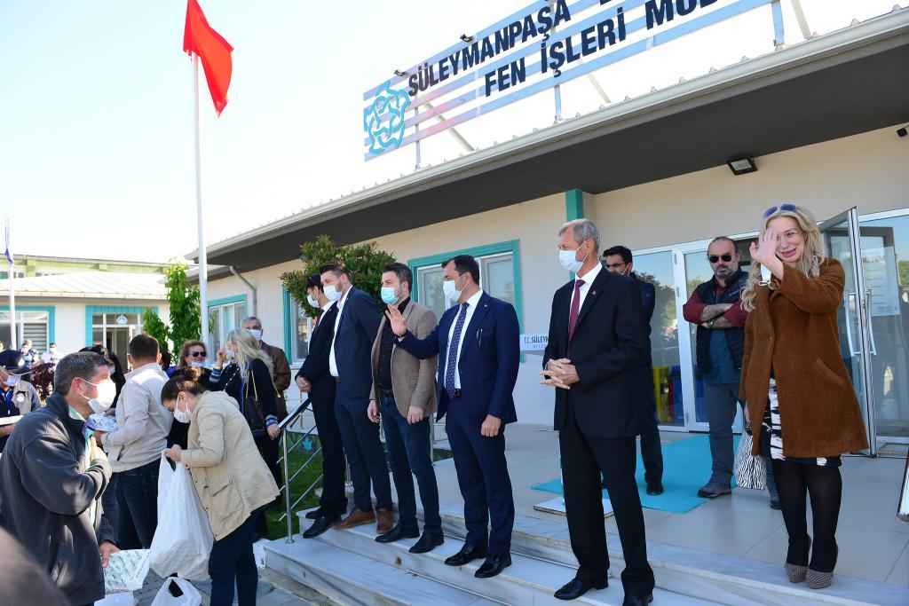 Başkan Yüksel çalışma arkadaşları ile bayramlaştı