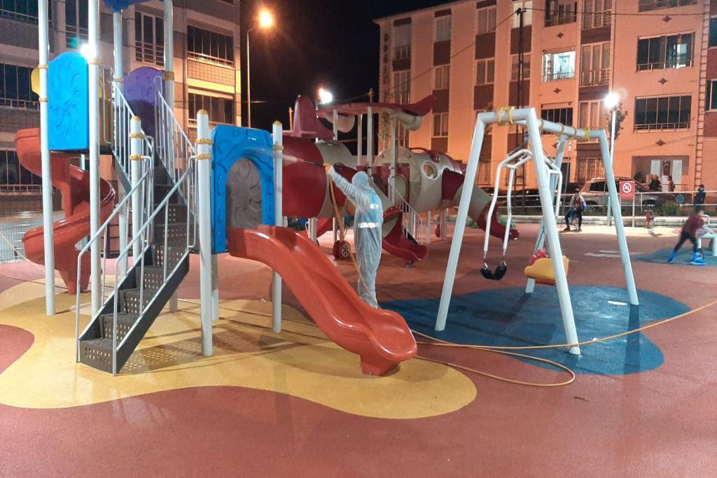 Çocuklar parklarda güvenle oynayacak