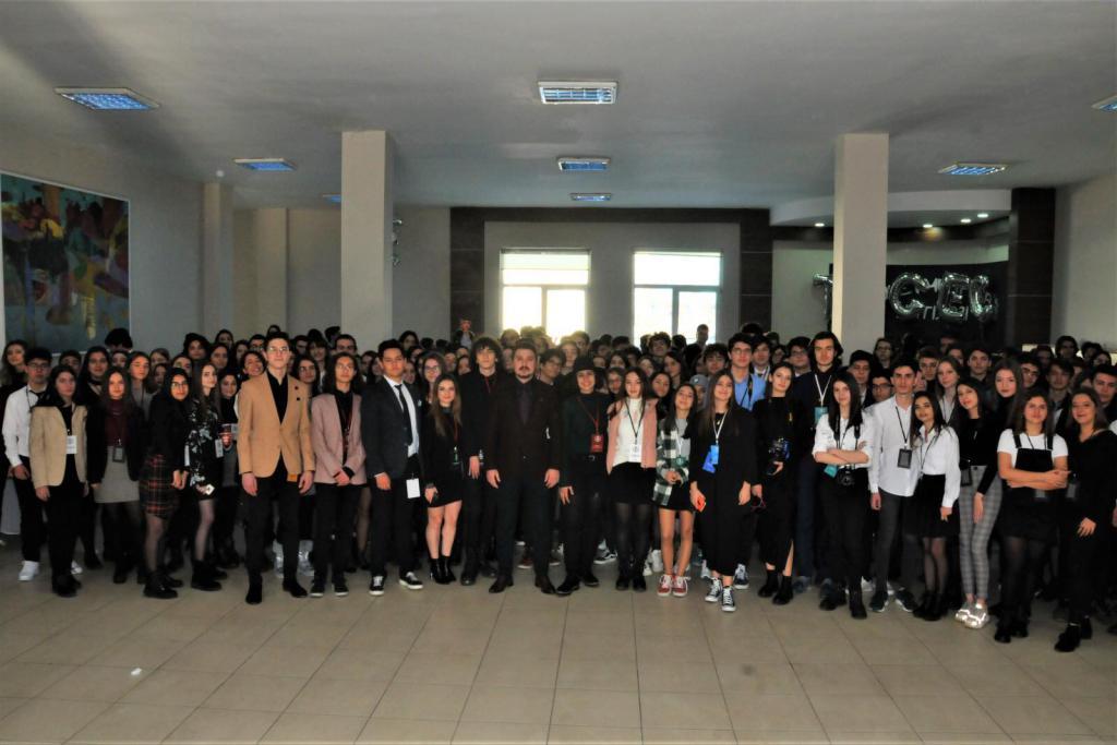 Liseliler Gençlik Çalıştayında buluştu