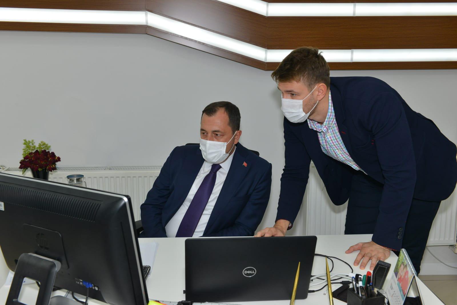 Başkan Yüksel Ak Çözüm Merkezini ziyaret etti