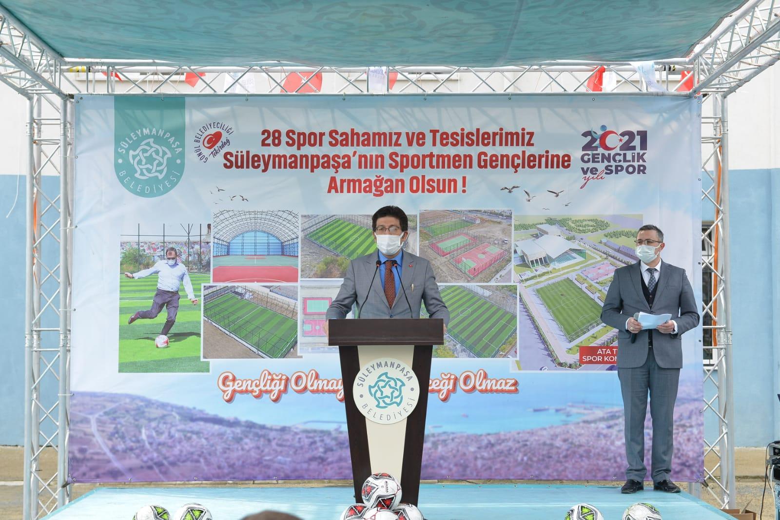 İnönü Ortaokulu Halı Sahası törenle açıldı