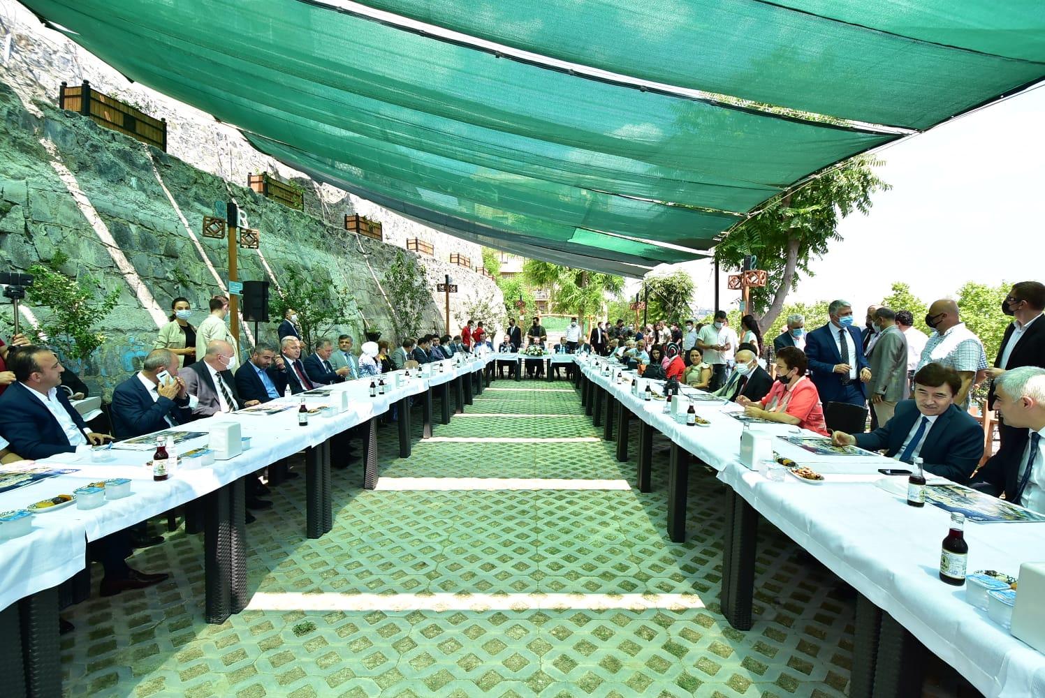 TBMM Başkanı Şentop, Süleymanpaşalılarla bayramlaştı